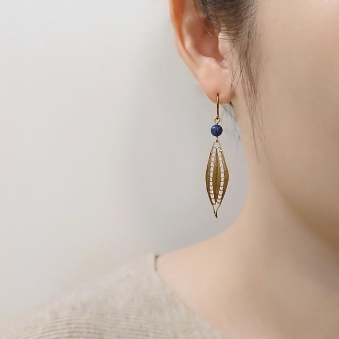::地中海之眼:: 深海藍蘇打石黃銅耳環